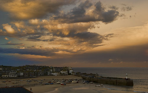 View spectacular sunsets from your st ives apartments decking
